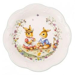 Блюдо пасхальне Кролики на пікніку 24 см Spring Fantasy Villeroy & Boch