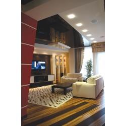 Натяжной потолок в гостиную комнату